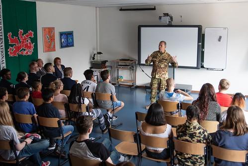 JFC Brunssum Commander visits AFNorth School