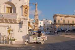 Ostuni, Puglia, 2018 (biotar58) Tags: ostuni puglia italia apulien italien apulia italy southernitaly southitaly streetphotography afternoon pomeriggio