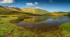 Corvo , Azores (Lucie van Dongen) Tags: atlanticocean portugal nobody water contrast reflection beautiful paysage paisaje landscape nature green hills lake relax zen tranquil scenic corvo açores azores