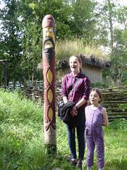 Storholmen (davidmcnuh) Tags: sweden rosieb ursulab viking museum openair openairmuseum totem totempole village vikingvillage