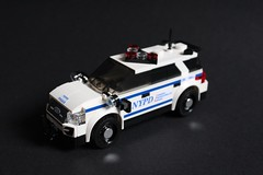 2016 Ford Explorer Utility NYPD (sponki25) Tags: ford explorer utility crc 2016 critical response command nypd new york police department finest nyc lego moc suv