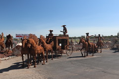 Scultures / statues (CHRISTOPHE CHAMPAGNE) Tags: 2018 arizona usa route 66 williams vallee station service mobil sculture statue