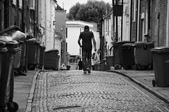 Skinner Street (Bury Gardener) Tags: burystedmunds bw blackandwhite suffolk streetphotography street streetcandids snaps strangers candid people peoplewatching folks england eastanglia uk britain nikond7200 nikon 2018