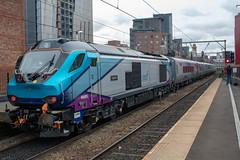 """Transpennine Express 68025 """"Superb"""" (Mike McNiven) Tags: transpennine express freightliner cafmk5a nova3 locohauled locomotivehauled carlisle manchester internationaldepot deansgate loco locomotive direct railservices drs"""
