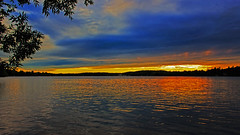 There's a dark cloud hanging over me (Bob's Digital Eye) Tags: bobsdigitaleye canon canonefs1855mmf3556isll clouds flicker flickr june2018 laquintaessenza lakesunset lakescape landscape silhouette sunset sunsetsoverwater t3i