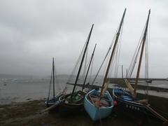 Un dimanche au Tinduff... (Hélène (HLB)) Tags: bateau bretagne mer océan port hafen meer ciel himmel boot boat