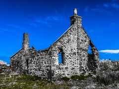 Abandoned Buildings - Scottish Highlands 2018 (DanoAberdeen) Tags: danoaberdeen candid amateur 2018 scotland scotch ruins weathered aged oldtimer museum rusty crusty old neglected neglect ancient tired scottishhighlands bonnyscotland bonnia nikond759 abdn abz aberdeen grampian abandoned ruined forgotten building architecture clouds blue sky farmhouse countryside