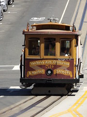 California Street Cable Car Approaching Van Ness Terminus, San Francisco, California, USA, 8 September 2018 (AndrewDixon2812) Tags: california street van ness avenue terminus cable car tram muni sfmta san francisco usa united states