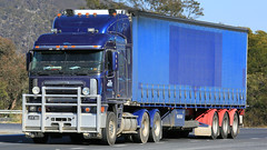 Blue Skies, Blue Sides (4/5) (Jungle Jack Movements (ferroequinologist)) Tags: blue goulburn nsw new south wales boxers creek hume highway kenworth mercedes freightliner ud sims metal transport albury jones yass container freight services hp horsepower big rig haul haulage cabover trucker drive carry delivery bulk lorry hgv wagon road nose semi trailer deliver cargo interstate articulated vehicle load freighter ship move roll motor engine power teamster truck tractor prime mover diesel injected driver cab cabin loud rumble beast wheel exhaust double b grunt