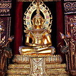 Wat Phra Singh. (วัดพระสิงห์) thumbnail
