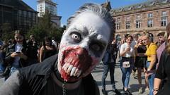 IMG_6041 (molaire2) Tags: strasbourg zombie walk 2018 alsace estrasburgo zombi festival fantastique horreur film parade