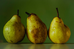 _IMG3482 (angel.doychinov) Tags: helios442 pentax k1 manualfocus pears poires fruits m42 oldlens