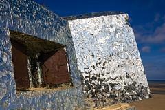 12 (Pyanno) Tags: bunker plage ciel bleu blokaus miroir leffrinkourke