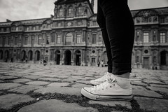 Break the code, how happy I could be (.KiLTRo.) Tags: kiltro bw monochrome blackandwhite legs feet louvre museum paris france street close perspective fr architecture arquitectura shoes