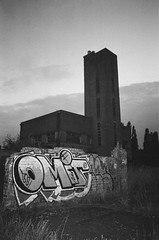 The tower at dusk (esmeelily) Tags: 35mm film analog lomo lomography grain ilford black white is dead urbex derelict abandoned building raf upwood eerie atmosphere gloomy dusk olympus trip af 50