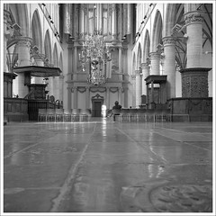 Grote Sint Laurenskerk Alkmaar (macfred64) Tags: film analog mediumformat 120 6x6 rolleiflex35f czplanar kodak400tx trix bw blackandwhite thenetherlands alkmaar church kerk