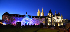 2013 - Décembre - Caen.068 (hubert_lan562) Tags: caen normandie noel 2013 mairie hotel ville projection ciel bleu light night 14 soir calvados