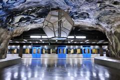 Tekniska Högskolan (Douguerreotype) Tags: train futuristic underground tunnelbana blue tbana sweden city station stockholm geometry metro tunnel art architecture subway urban sverige geometric scifi tube