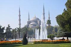 Sultan Ahmed Mosque (hamid-golpesar) Tags: sultanahmedmosque bluemosque mosque blue sultanahmed istanbul turkey ottomanarchitecture islamicarchitecture owaysee outdoor tabriz travel hamid hamidowaysee hamidgolpesar iran camii
