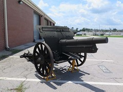 "German 10.5 cm leFH 16 Field Howitzer 1 • <a style=""font-size:0.8em;"" href=""http://www.flickr.com/photos/81723459@N04/29793756277/"" target=""_blank"">View on Flickr</a>"