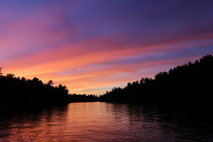 cottage sunset (scienceduck) Tags: 2018 september scienceduck ontario canada lake water muskoka lakemuldrew muldrewlake muldrew sunset clouds