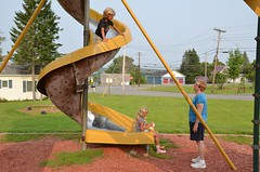 Kids On The Slide (Joe Shlabotnik) Tags: 2018 aroostook violet august2018 everett slide spiral nancy maine playground vanburen afsdxvrzoomnikkor18105mmf3556ged