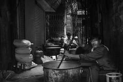 boiling the morning milk (charlesgyoung) Tags: charlesyoung olddelhi d500 delhi rajasthan india nikon nikonphotography nikondx streetphotography blackandwhite
