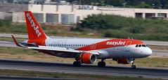 EasyJet / Airbus A320-214 / OE-IJB (vic_206) Tags: easyjet airbusa320214 oeijb bcn lebl barrido panning 250thairbuslivery