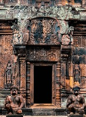Banteay Srei Temple (TheViewDeck) Tags: asia cambodia angkorwat siemreap ruins temple statue sculpture door