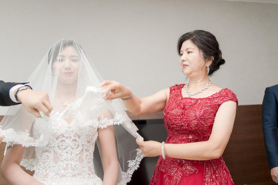 高雄婚攝 海中鮮婚宴會館 有正妹新娘快來看呦 C & S 064