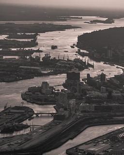 The harbour district of Hamburg at dawn - Abenddämmerung in der Hafencity Hamburg