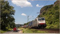 BLS Cargo 186 103 @ Kasbach-Ohlenberg (Wouter De Haeck) Tags: deutschland dbnetz kbs465 köln koblenz rheinstrecken rechterheinstrecke rheinlandpfalz kasbachohlenberg erpel linz linzrhein linzamrhein mittelrhein ludendorffbrücke brückevonremagen bls blscargo blsc br186 bombardier traxx f140ms railpool cargo güterzug freighttrain klvzug kombinierteladungsverkehr