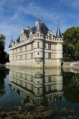Château d'Azay le Rideau (A. d'Azay) Tags: touraine chateau reflet azaylerideau loirevalley valdeloire indre rivière architecture réflection
