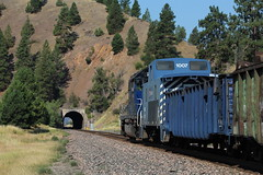 MRL 1007 (CC 8039) Tags: mrl trains caboose mow tunnel sd40 clinton montana