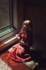 Hope (lichtspuren) Tags: barbie barbiemod judedeverauxraiderbarbie madetomovebody mackieface mackie light red hope lichtspuren