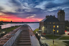 Spectacular Sunrise for the Lockmaster (knutsonrick) Tags: