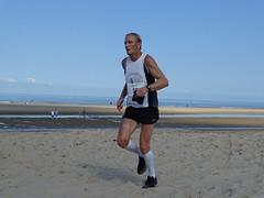 DSC08884 (corradookp) Tags: kustloop vrouwenpolder strand oostkapelle running beach run