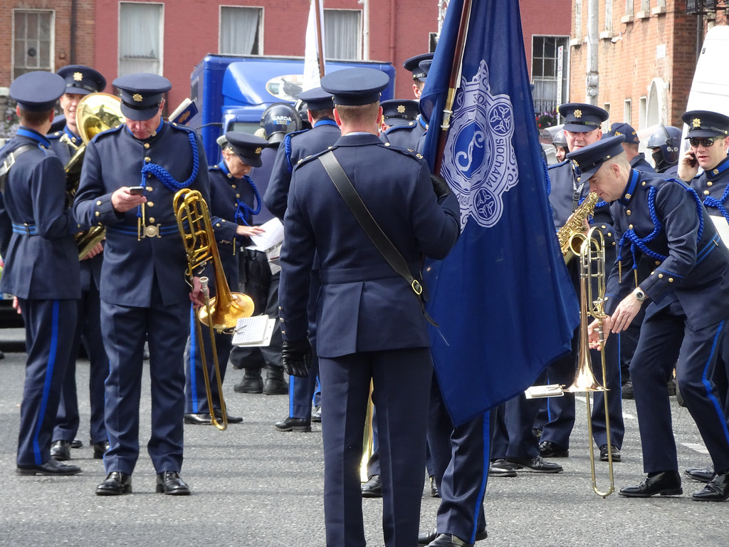NATIONAL SERVICES DAY [PARADE STARTED OFF FROM NORTH PARNELL SQUARE]-143652