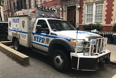 NYPD Emergency Service Squad David 1, 2012 Ford F-550 (NY's Finest Photography) Tags: highway patrol state nypd fdny ems police law enforcement ford dodge swat esu srg crc ctb rescue truck nyc new york mack tbta chevy impala ppv tahoe mounted unit service squad dcu