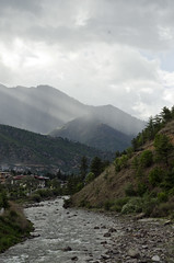 Thimphu Chu (William J H Leonard) Tags: thimphu bhutan bhutanese southasia southasian summer sunny travel travelphotography travelling mountain mountains river water thimphuchu coveredfootbridge