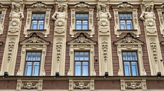 A Well-Guarded Facade (AnyMotion) Tags: facade fassade windows fenster ornaments ornamente sculptures skulpturen architecture architektur 2018 anymotion travel reisen saintpetersburg sanktpetersburg санктпетербу́рг russia russland 6d canoneos6d