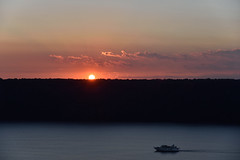 Tonight's Sunset (Eddie C3) Tags: bronxnewyork hudsonriver newjerseypalisades sundown sunsets tonightssunset