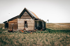 Rubbish (Pedalhead'71) Tags: abandoned desert douglascounty easternwashington farmhouse homestead house landscape prairie rural washington