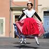 Danse folklorique (Xtian du Gard) Tags: xtiandugard féria danse folklore rouge arlésienne mouvement saut pentecôte fête nîmes gard france
