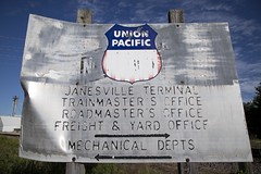 South Janesville (WCfan) Tags: unionpacific up chicagoandnorthwestern cnw southjanesville janesville wisconsin railroad yard terminal