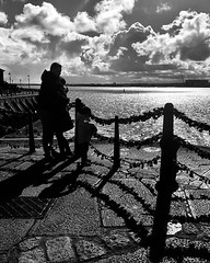 Love on the Dock 2. Love at the docks. Sunny day at the docks. #albertdock #liverpool #water #docks #sunnyday #iphone #iphoneonly #iphonography #iphone8plus #photography #street #streetphotography #photooftheday #instadaily #instagram #apple #travel #view (peatfield) Tags: instagram ifttt