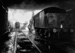 Remember scenes like this ? (photofitzp) Tags: 8f atmosphere cityoftruro gcr loughborough railways smoke steam uksteam gwr lms locomotive train