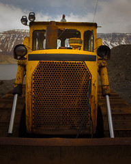 It is blinking at you! (CivatiFrancesco) Tags: rust decay bulldozer no work retirement iceland pit vehicle