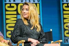 Amber Heard (TheGeekLens) Tags: sdcc sandiegocomiccon 2018 sandiego comiccon celebrity event hallh wb warnerbros warnerbrothers dc aquaman amberheard