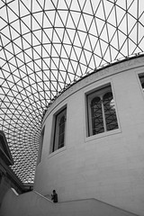 British Museum (jenny_guo) Tags: museum london uk architecture curve curves line lines pattern geometry people blackandwhite monochrome xpro2 x fujinon 18mm f2